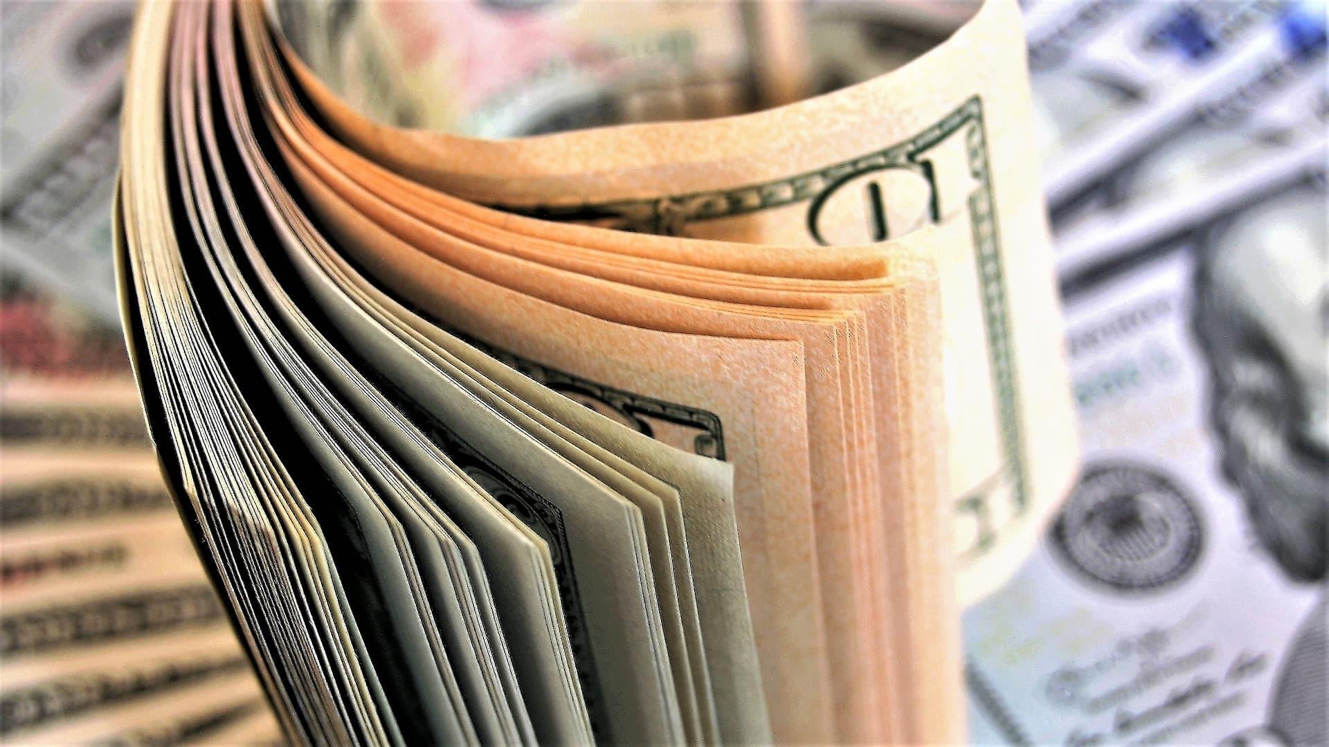 Как купить акции и облигации