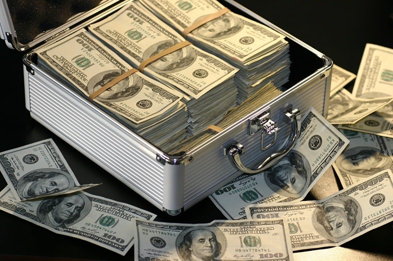 Сколько вам нужно денег чтобы отказаться от работы