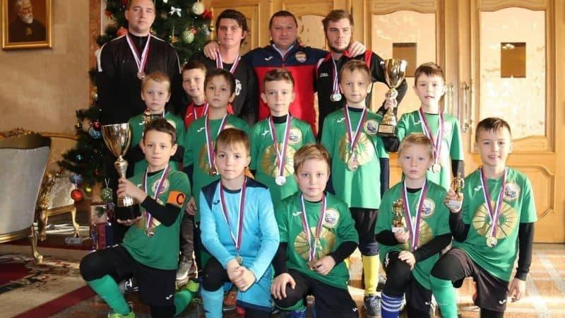 Мы спонсируем работу юниорского футбольного клуба