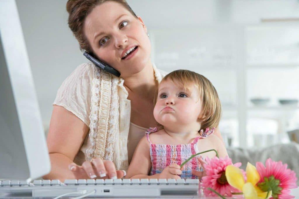 Как можно заработать сидя дома