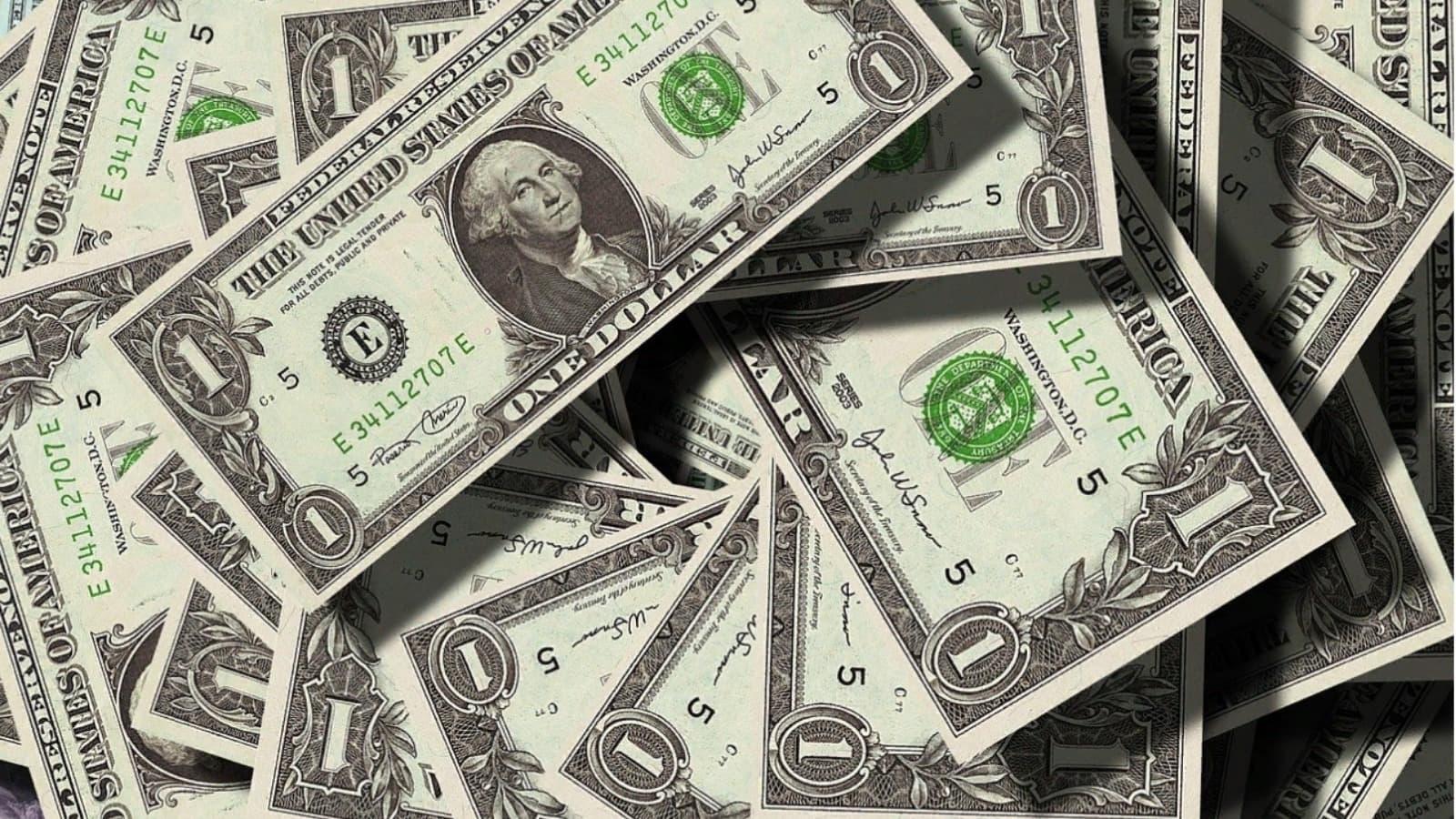 Какую валюту выбрать в 2021 году
