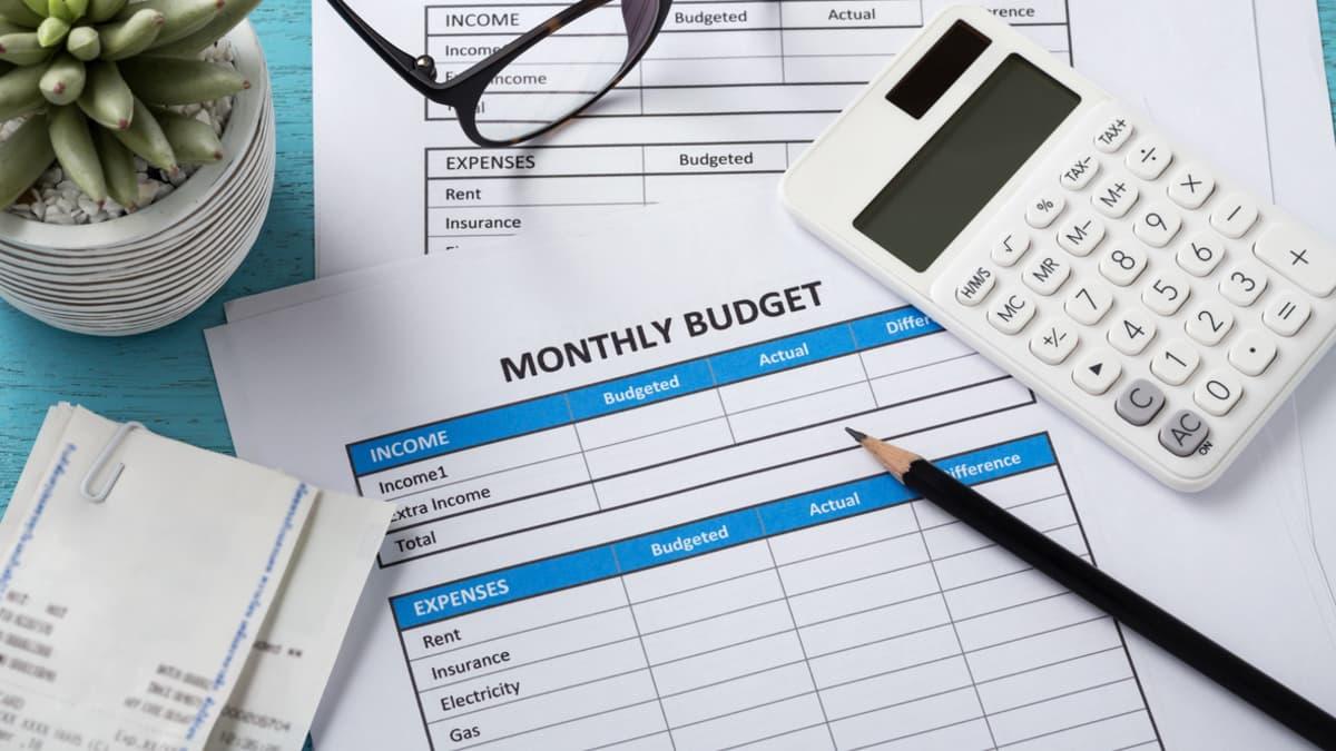 Как сократить расходы и начать копить